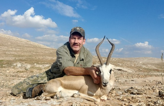 Troy White from US hunting Anatolian gazelle in Turkey, October 2018
